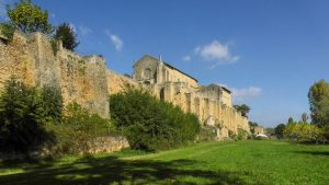 St Macaire ruins